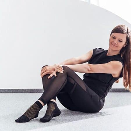 Nedrsece-nogavicke-na-prste-(zaprtI-model)